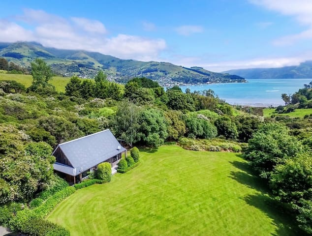 Tranquil Family Retreat in Akaroa
