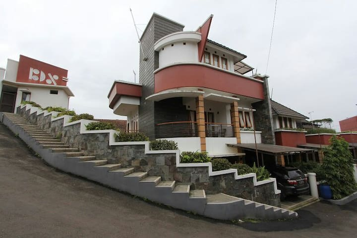 Perfect Family House in Bandung