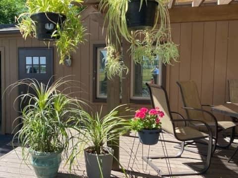 White Lake Studio Apartment-Gateway to Nature
