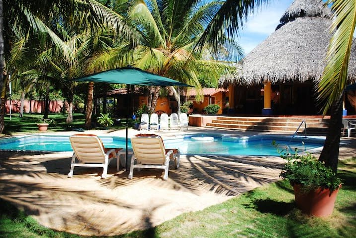 Beach House La Palapa - Barra de Santiago SV - Barra de Santiago - Casa