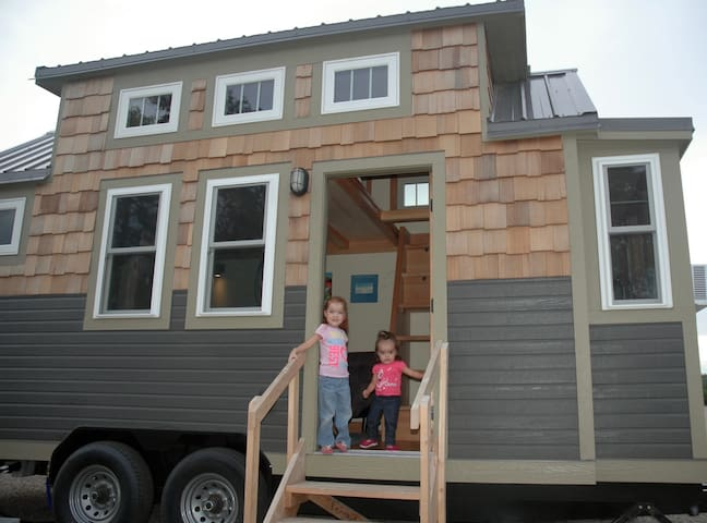 Tiny home on the prairie - La Junta - Hus
