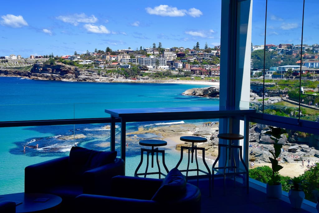 Stunning ocean views over MacKenzie's Bay, Tamarama, Bronte and beyond.
