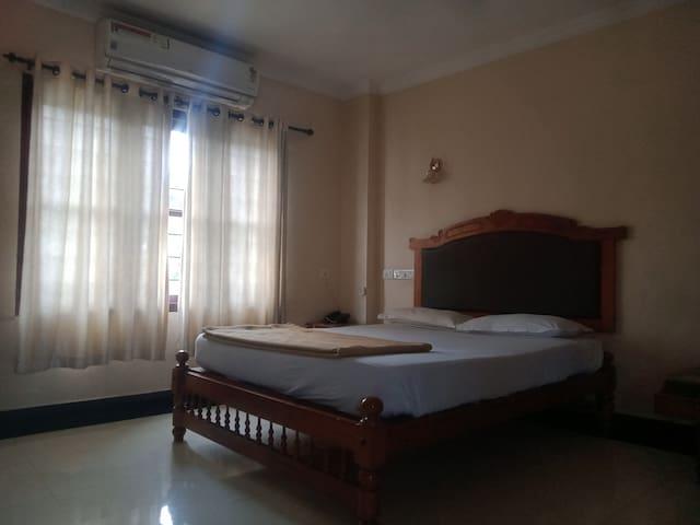 Sahari Room 1 (AC)