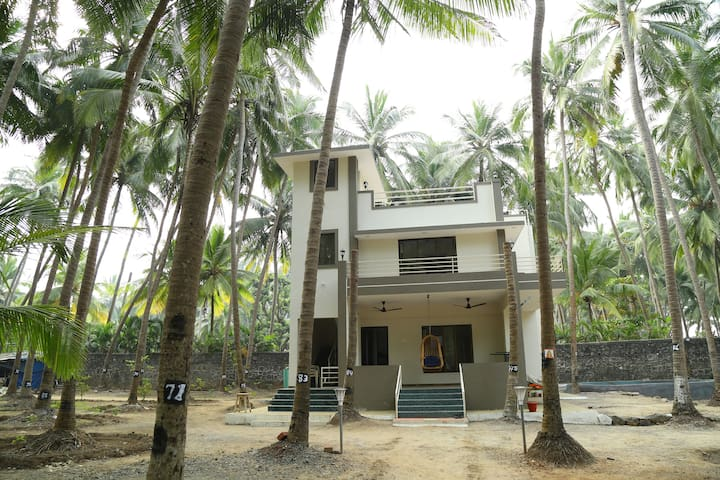 Entire Farmhouse on the Nandgaon Beach - Boisar