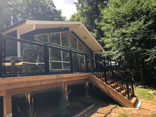 Rebecca Lake Cottage Retreat