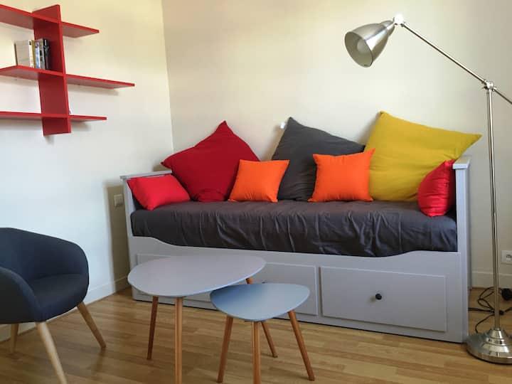 Studio cosy, proche gare, plage et commerces