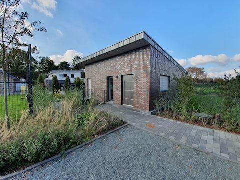 Neues Einfamilienhaus ruhige Lage direkt am Wald!
