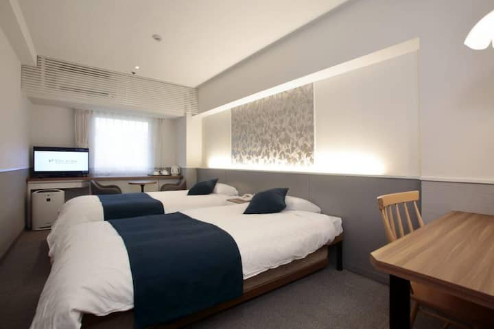 Best deal for 2 or more nights (2 pax) Close to Hankyu Juso Station 住宿2晚或以上最佳優惠(2人),靠近阪急十三站