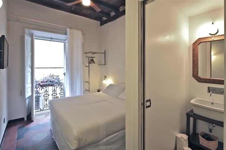Monti - independant ecologic room