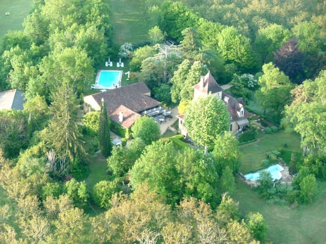 Bed & Breakfast Castel Du Bouysset - Saint-Martin-le-Redon - Bed & Breakfast