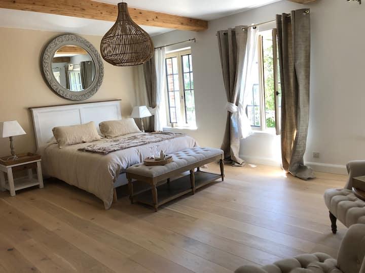 Suites de Charme en Normandie Chambre Aurore Lin
