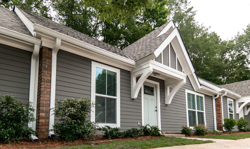 Downtown Newnan townhome Unit 3