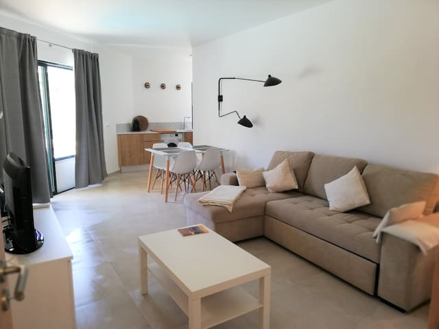 1 bedroom w/pool near Marina Vilamoura +wifi+AC