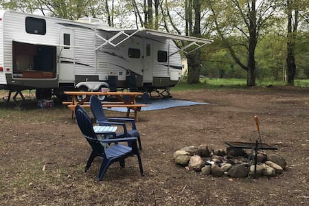 Private camping near Mackinaw City and Cheboygan.