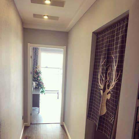 客厅卧室走廊