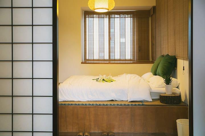 日式风情的榻榻米次卧