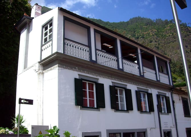 Guest Room Traditional in São Vicente