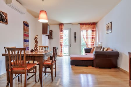 Cosy home in Padua 20 min by train to Venice