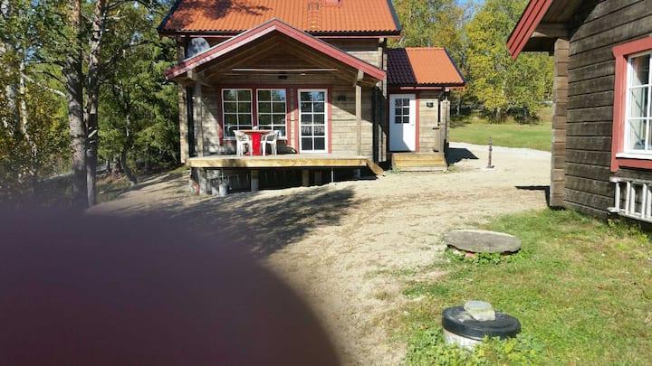 Nybyggd och mysig stuga vid sjö Funäsdalen