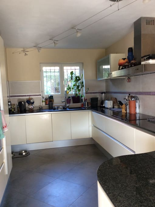 Use of shared kitchen
