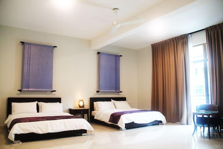The Bliss Malacca Quad Room