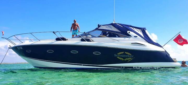 Très beau Yacht Sunseeker Portofino