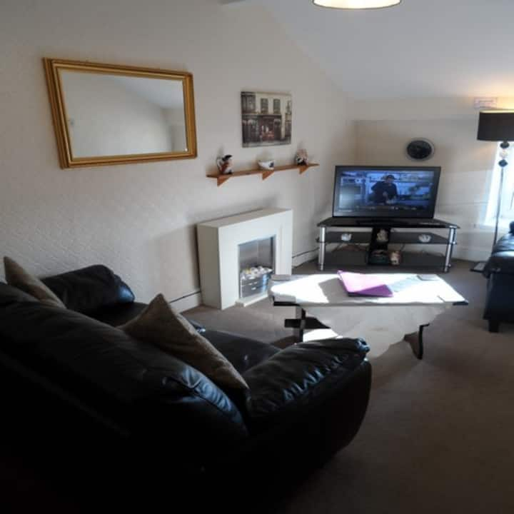 Top Floor Self Contained 2 bed-roomed Apartment