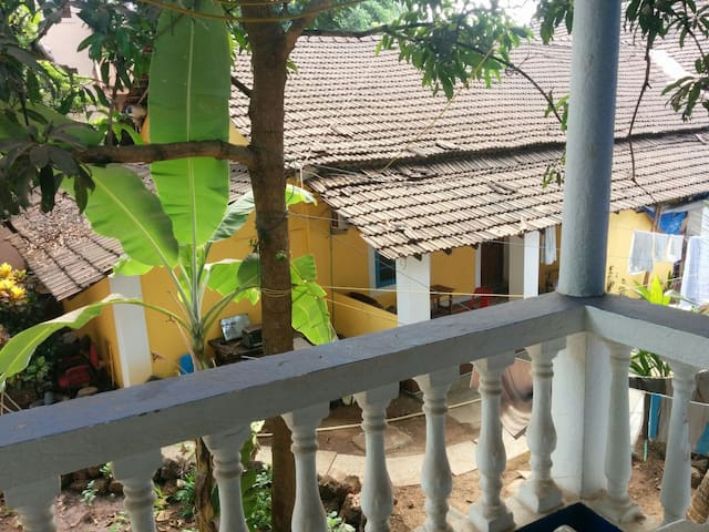 Session Haus Hostel - Candolim - Hostel