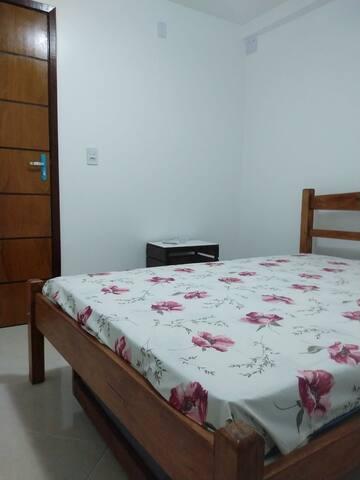 Hostel Casarão Nazaré - Quarto 104 (Casal)