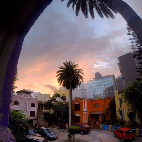 Habitacion en casa, en Miraflores - Lima - Casa