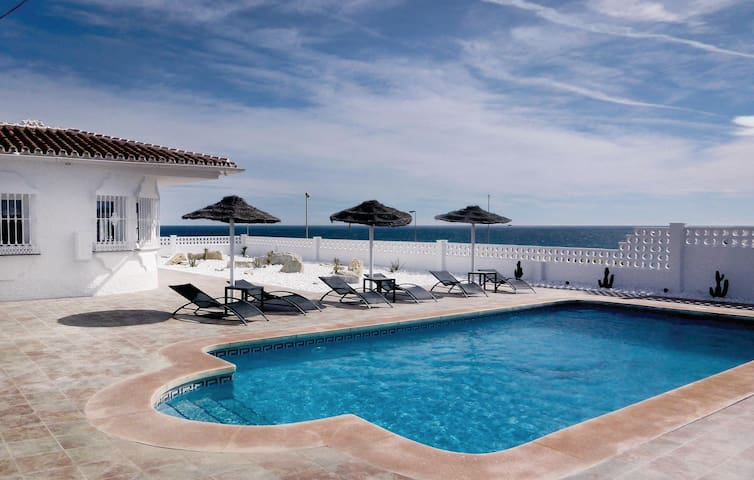 Holiday cottage with 4 bedrooms on 144 m² in Mijas Costa