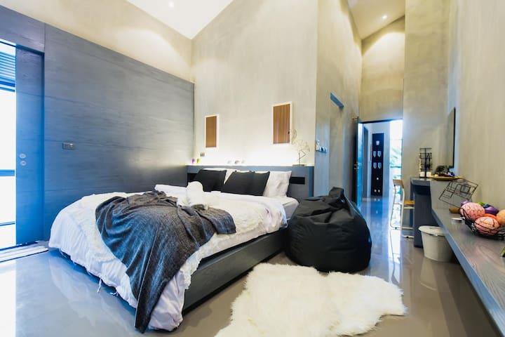 客房一,超大双人床1.8m×2m