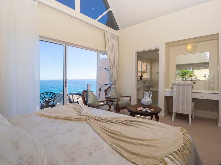 Main Seaview bedroom