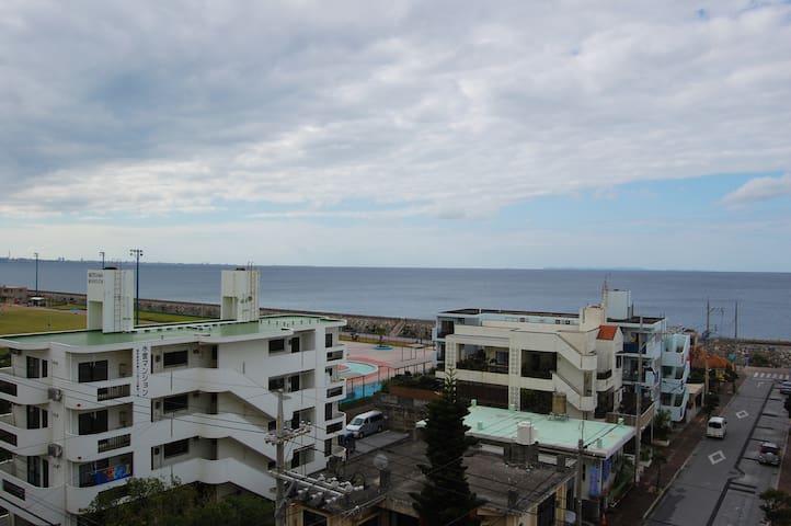 Reasonable hotel close to beach, dining & fun #603 - Kadena - Boutique hotel