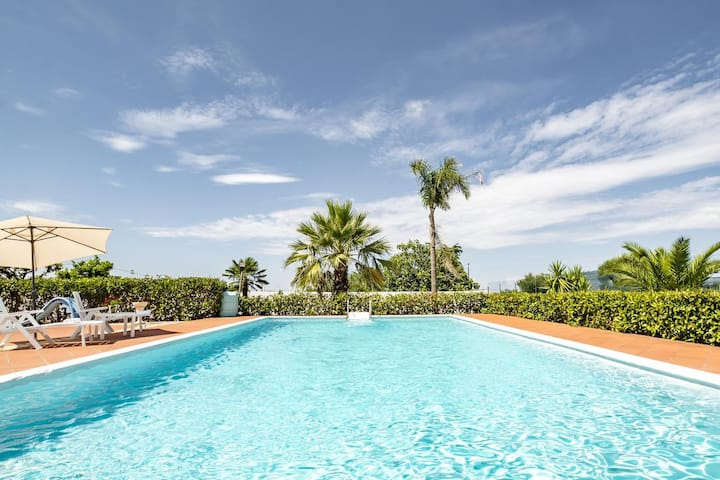 Villa with Pool Polignano