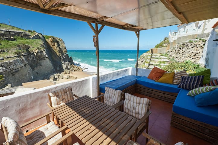 Stunning beach house on the cliff