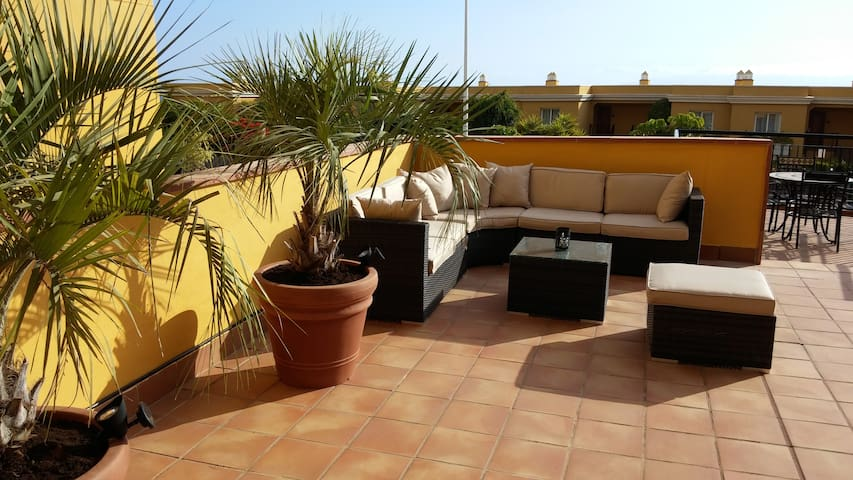 Very large Luxury apt. with garden - Playa de la Arena - Appartement