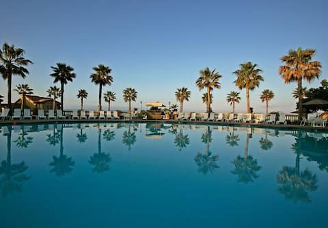 Marriott's Newport Coast Villas - 2 BR / 2 BA