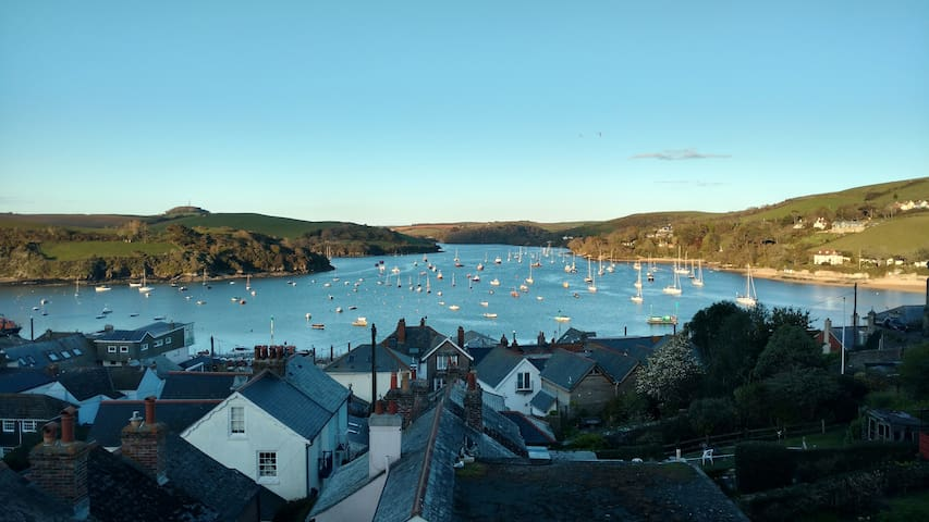 House in Salcombe - amazing views - Salcombe - Rumah