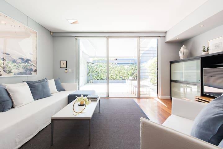 Enjoy Chic, Urban Living in a Paddington Terrace