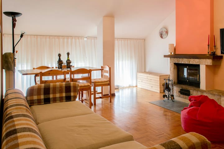 Spacious attic next to SPA - Gionghi-cappella - Apartamento