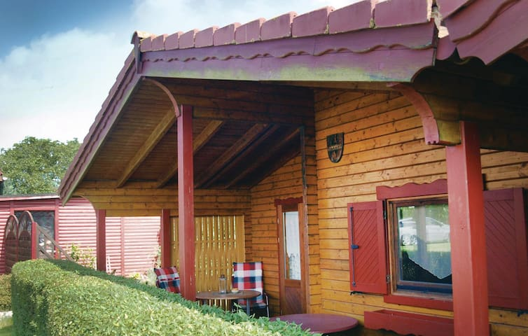 Holiday cottage with 1 bedroom on 39 m² in Ückeritz
