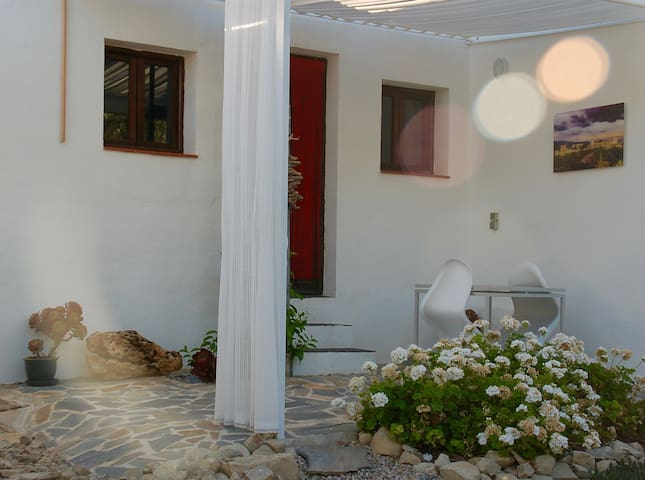 Lovely Casita amongst olive grove. - Villanueva de Algaidas - Huoneisto