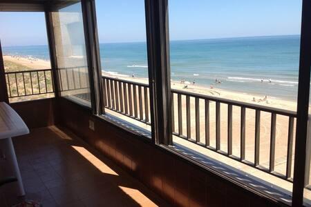 Apartamento primera línea de playa en Mareny Blau - Mareny Blau