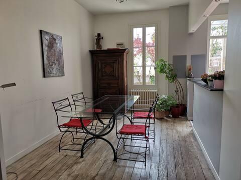 Quiet room kitchen near towncentre