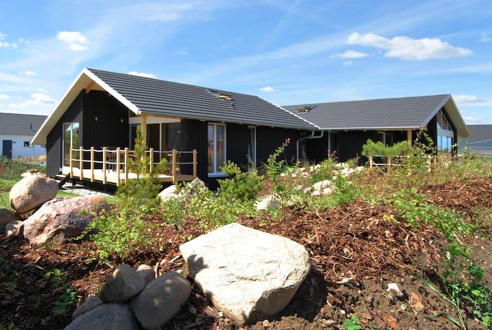 Dänisches Holzferienhaus, 500m zum Ostsee Strand - Zierow - Ev