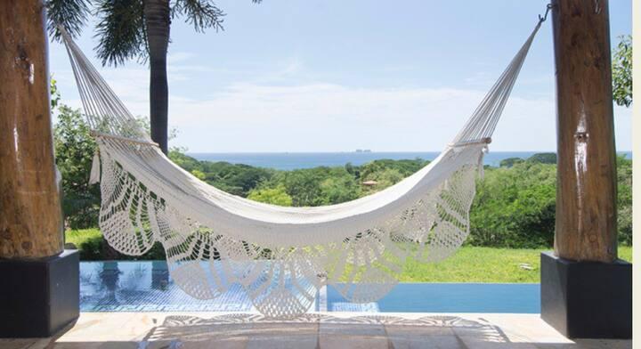 Private Luxury Villa in Reserva Conchal