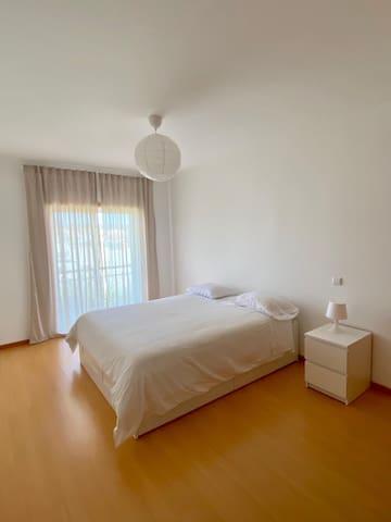 1 Quarto/ 1 Bedroom