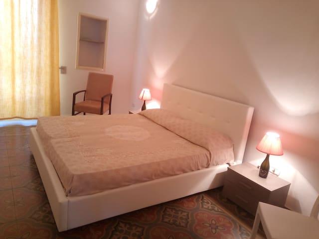Appartamento nell' affascinante centro storico - Galatone