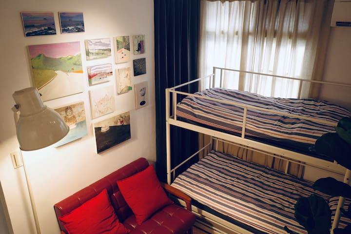 自由人藝術公寓 Freedom Men Art Apartments Airbnb 台中
